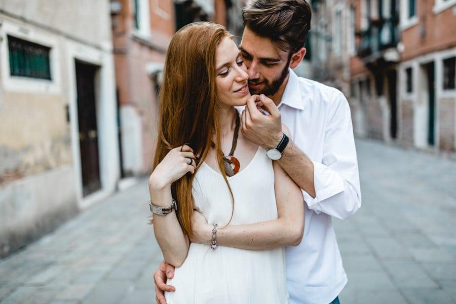 Paarshooting von Alex Mayer im Adventskalender von Hochzeitsgezwitscher