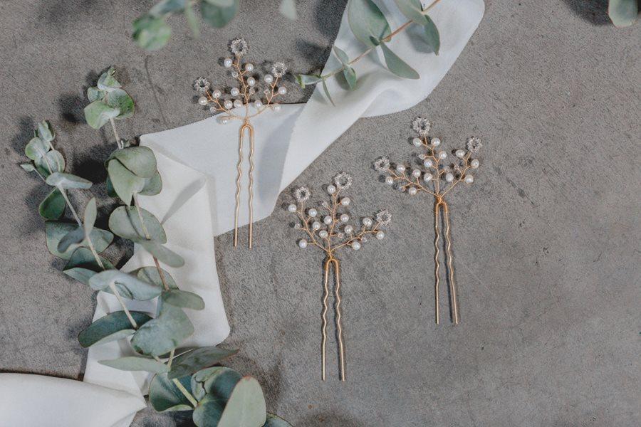 Brautschmuck mit Perlen und Svarovski-Kristallen aus der Juvelan Kollektion Circle of Love