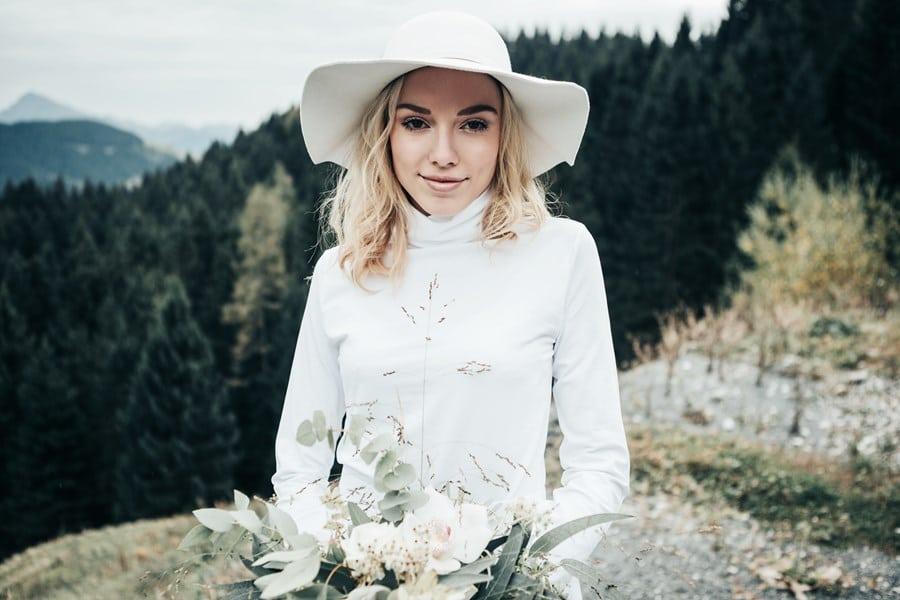 Brautkleider für moderne Bräute von Stelleena in München