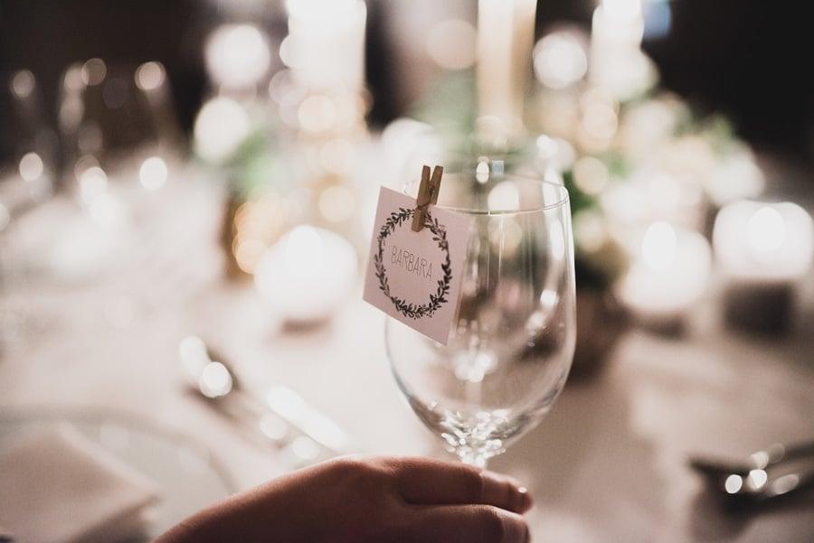 Tischdeko: Ideen für eine elegante Hochzeit in Grün und Gold