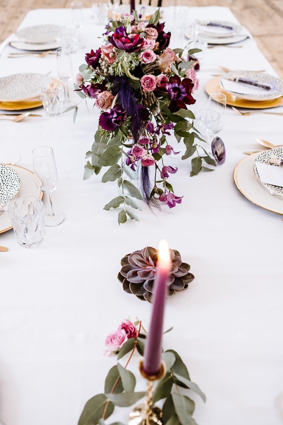 Pantone Farbe 2018 Ultra Violet: Inspirationen für eine Hochzeitsdeko mit Blumen