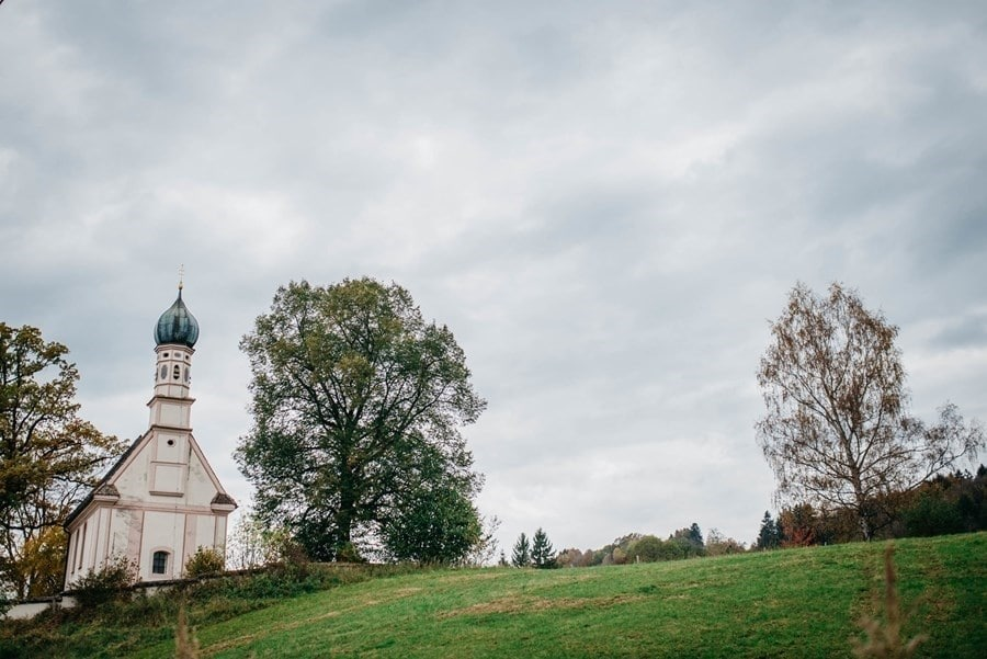 Murnau am Staffelsee: Süße Kirche für kleine Hochzeiten