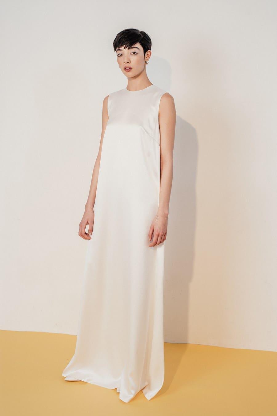 Moderne Brautkleider Auch Furs Standesamt Von Lilly Ingenhoven