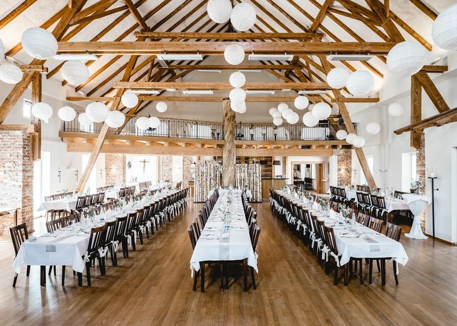 Locations für rustikale Stadl- und Scheunen-Hochzeiten in Bayern