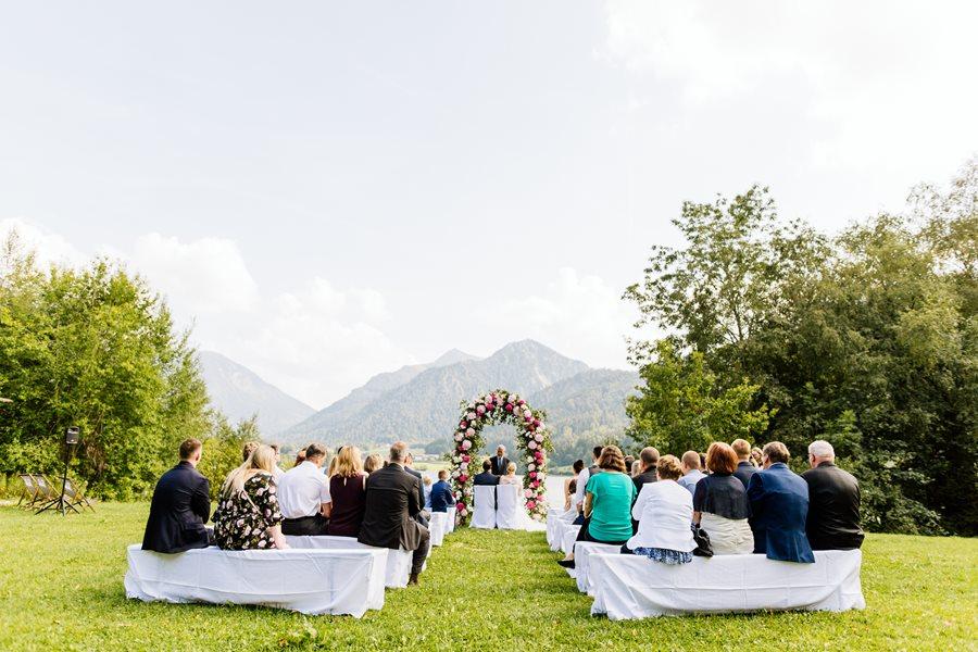 Hortensien-Hochzeit auf der Insel Schliersee