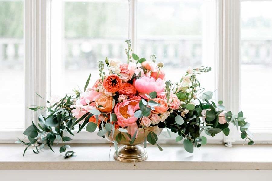 Boho-Hochzeitsinspiration in Pastell mit Apricot, Pfirsich und Gold
