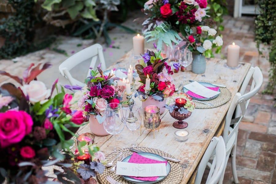 Ideen für eine opulente Sommerhochzeit in Pink