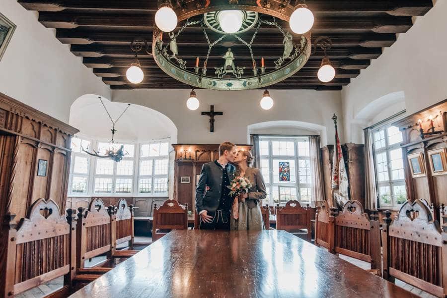 Schliersee: standesamtlich heiraten im historischen Rathaussaal