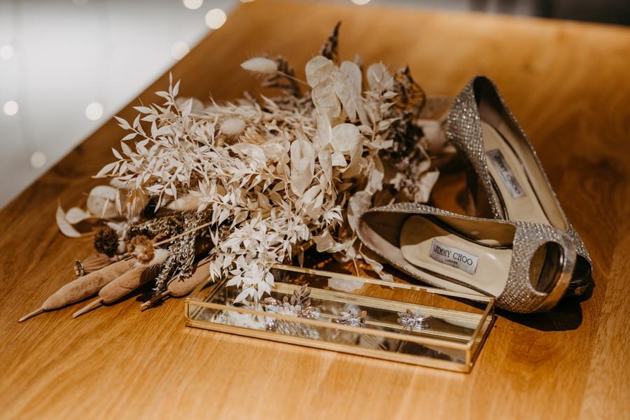 Trockenblumen-Inspiration für eine Winter-Hochzeit