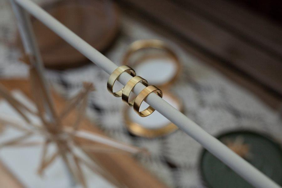 Welches Material für Eheringe? Gold, Weißgold oder Platin?